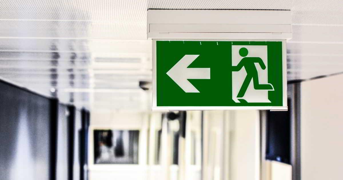 Czy zewnętrzna firma może pomóc w poprawie bezpieczeństwa w zakładzie pracy